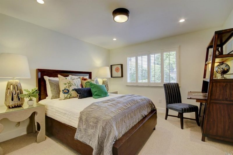Oakmont Bedroom